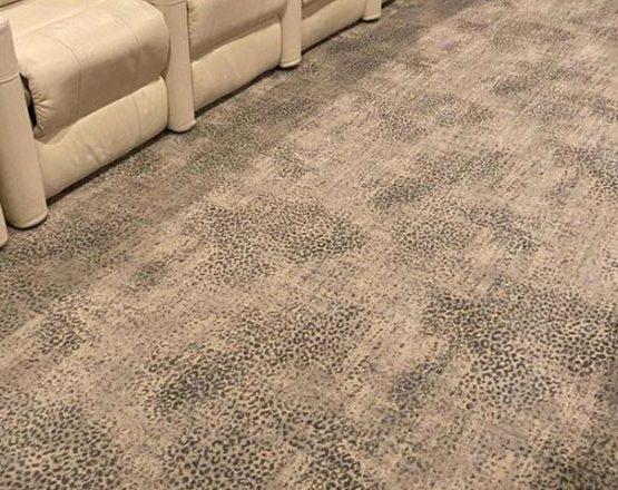 stanton king cheetah-theater-carpet-room-scene